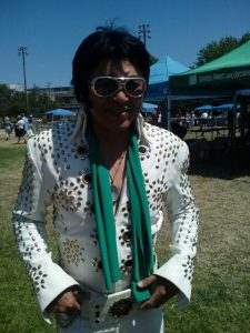"""""""Elvis"""" appears at Queen Anne Day"""